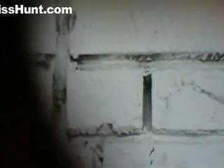 Pisshunt wc